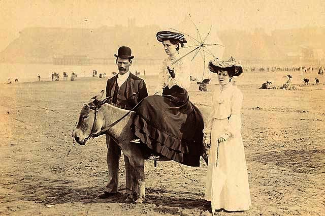 A Scarborough beach scene about 1900
