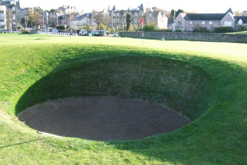 The Road Hole bunker
