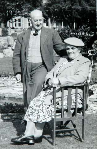 Arthur and Annie Unwin
