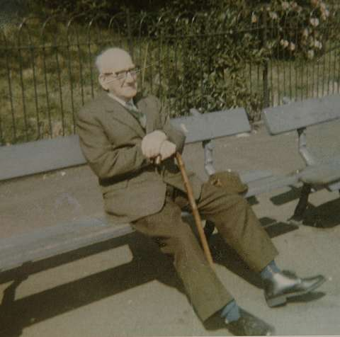 Arthur Unwin takes a rest on a park bench